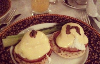 Brunch! Eggs Benedict @ The Carlyle